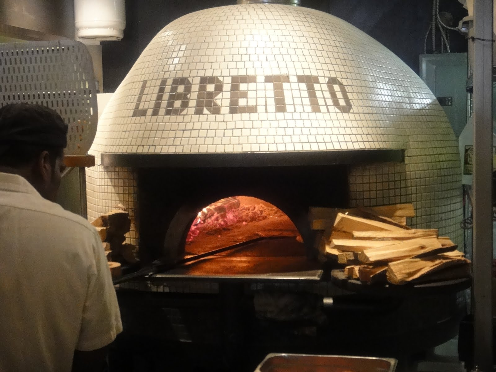 Best Wood-Burning Pizza Oven